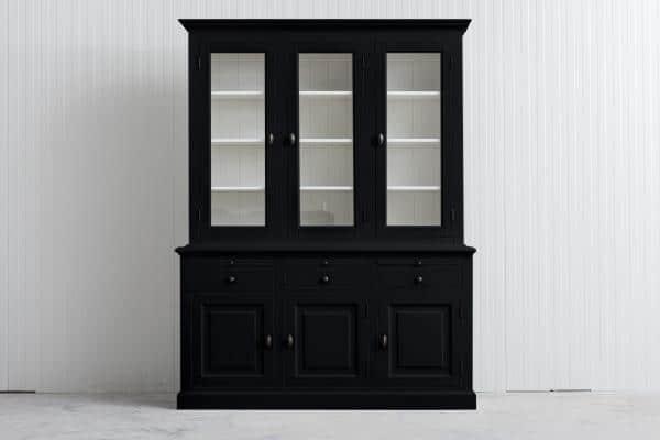 Landelijke Buffetkast Bo 2x3-deuren 3-laden zwart.