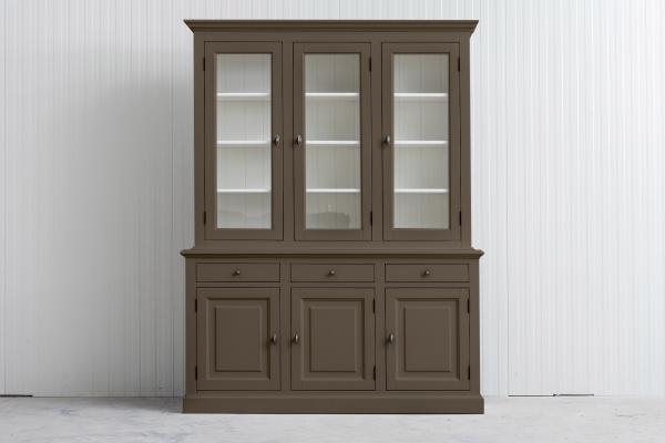 Buffetkast Bo 2x3-deuren 3-laden olijf.