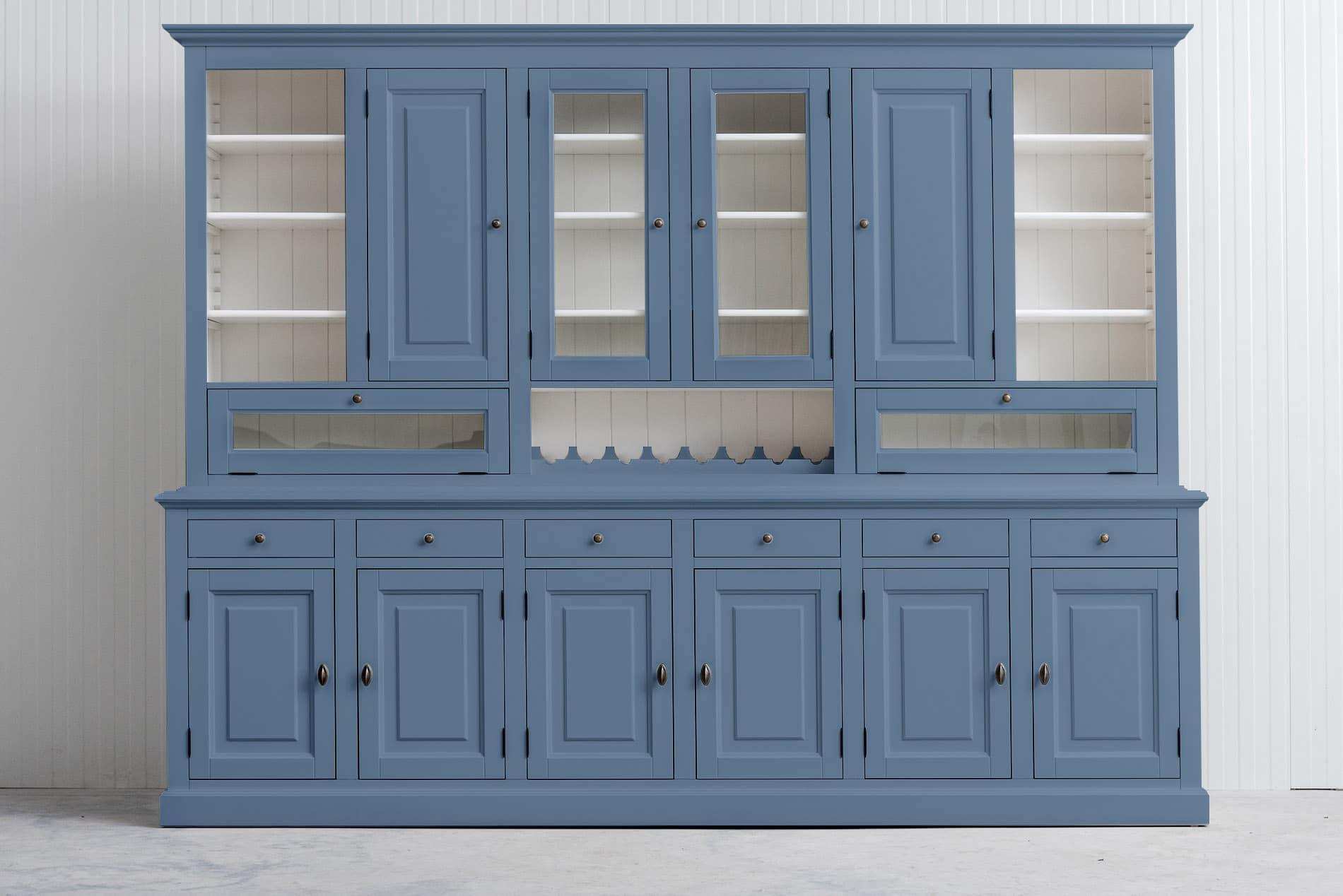 Landelijke Buffetkast met wijnrek- in de kleur Duifblauw – RAL5014