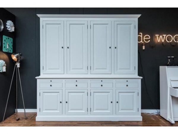 Landelijke Buffetkast Bo 2x4 Wit met dichte deuren.